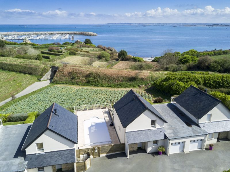 View of the property from outside Location Villa 102643 Roscoff