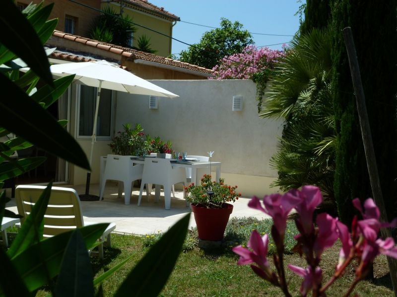 Terrace Location Vacation rental 117718 La Seyne sur Mer