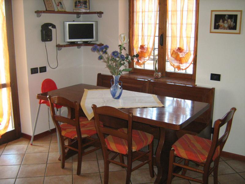 Dining room Location Apartment 69089 Caprino Veronese