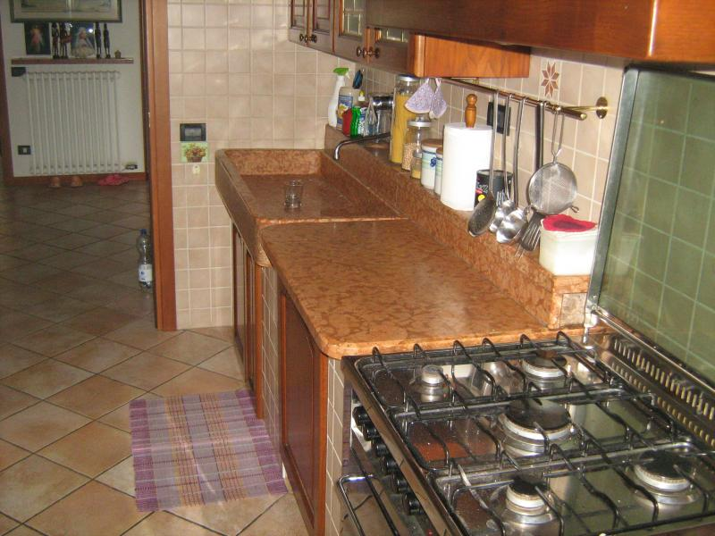 Separate kitchen Location Apartment 69089 Caprino Veronese