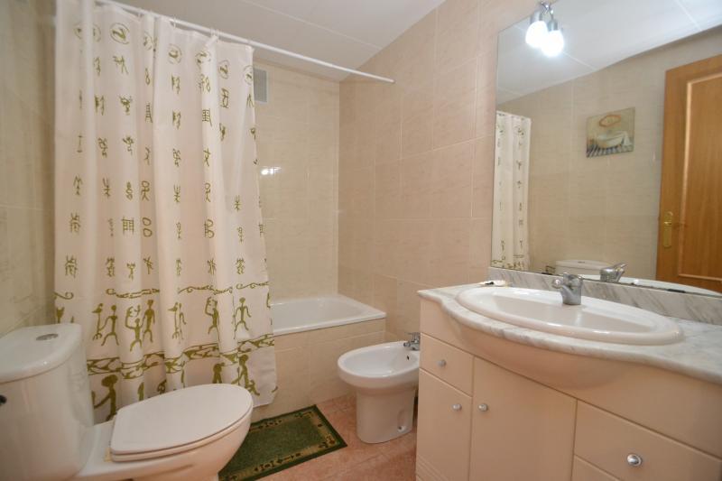bathroom Location Apartment 70004 La Pineda