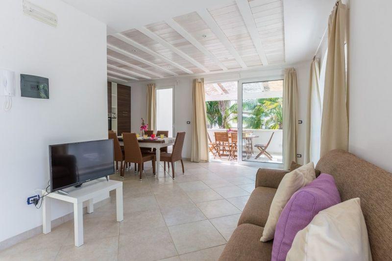 Porch 1 Location Apartment 88176 Ostuni