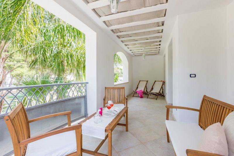 Hall Location Apartment 88176 Ostuni