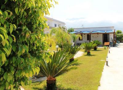 View of the property from outside Location Villa 94839 Castellammare del Golfo