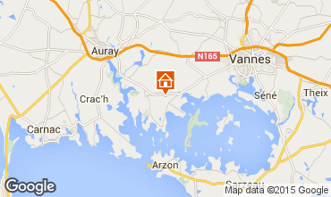 Map Vannes Vacation rental 95700